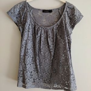 🔽4/$20 🔽The Limited size small Grey Lace Shirt